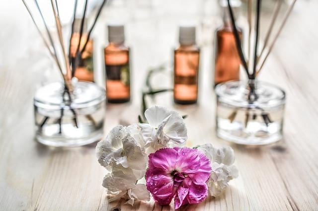 huile-essentielle-baton-encens-bien-etre-aromatherapie